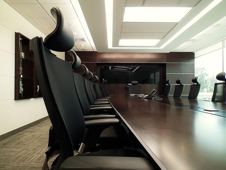 Dise o de directorio sala de reuniones y conferencias web for Lista de muebles de oficina