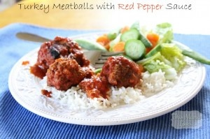 Turkey Meatballs with Red Pepper Sauce Recipe | This Mama Loves #turkey #meatballs #recipes #redpeppersauce #food #foodie