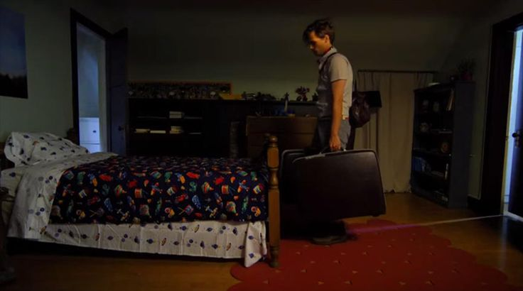Suburban Gothic is about Raymond (Matthew Gray Gubler), a man-child with a prestigious MBA who can't find work. Forced to move back in with his parents he begins experiencing the supernatural occur...