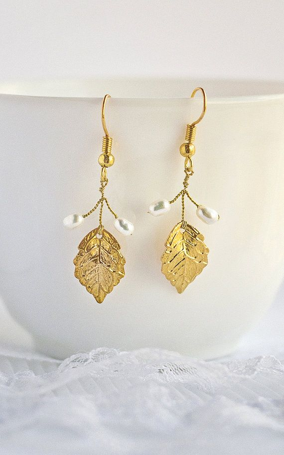 gift for women, gold leaf earrings, mom and sister gift, mother gift, twig vine earrings, twig earrings, bridesmaid gifts, for her, leaves