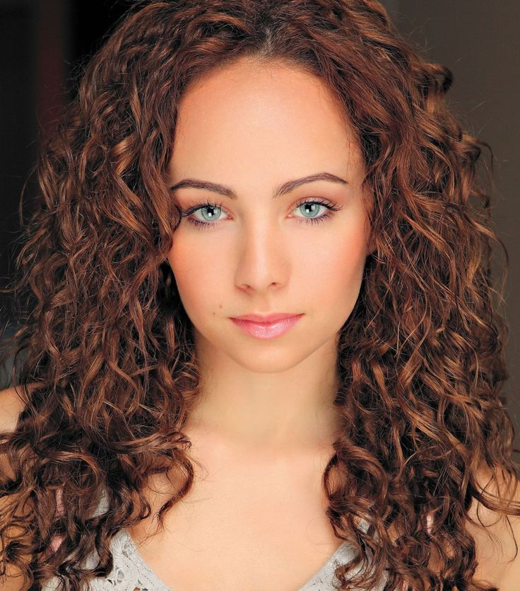 Ksenia Solo - lost girl fell in love with this chick in life unexpected.
