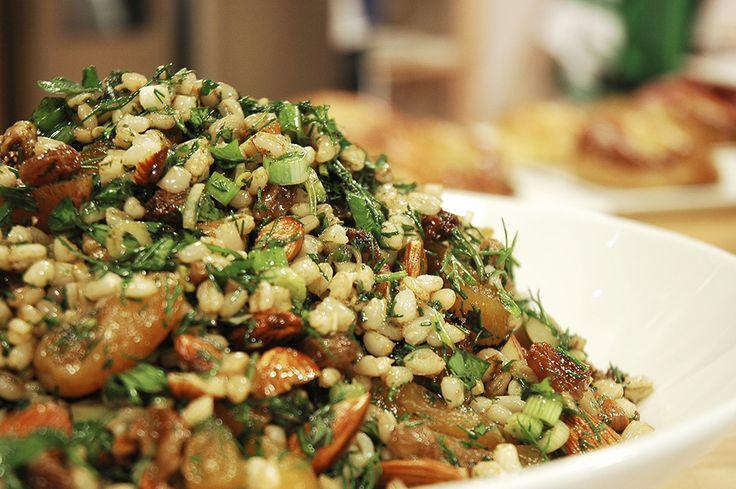 Kuru Meyveli Buğday Salatası