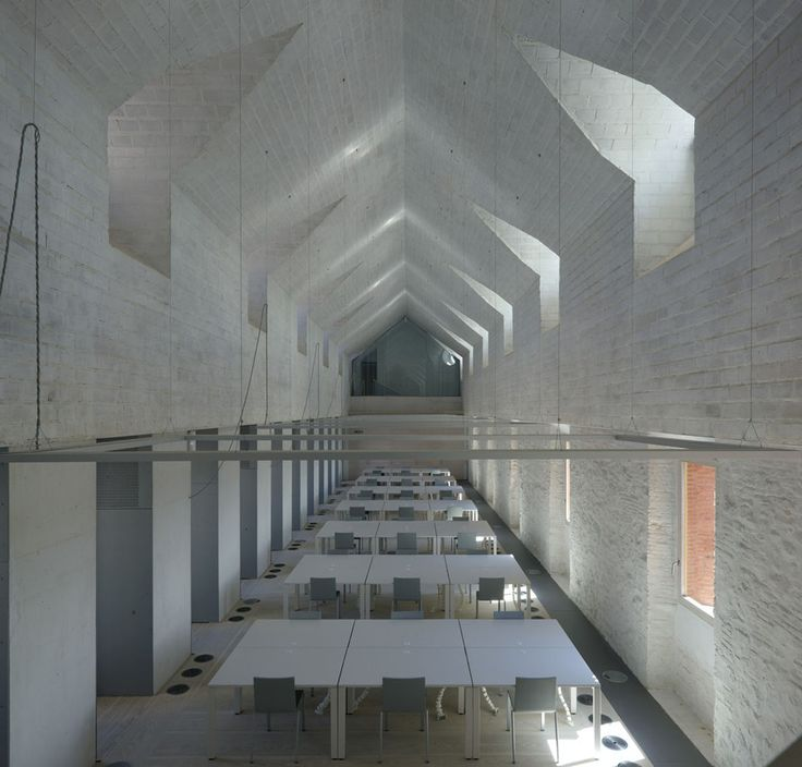 Gallery of Renewal Of The Old Main Seminar Of Comillas University / Ortiz, Barrientos, Fernandez, Abascal, Muruzábal, Pesquera, Ulargui - 9