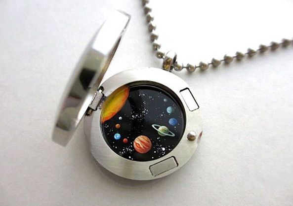 Medalhões que guardam uma surpresa: o Universo! #blogdaAdri