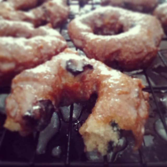 Gluten-free blueberry cake doughnut recipe. These are the best gluten-free donuts I've ever had! Crunchy outside, with a soft cakey inside, bursting with fresh blueberries and finished off with a sweet glaze. Yum!