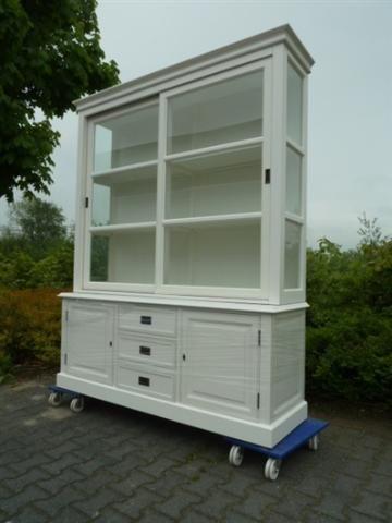 Kast - Teak- en hardhouten tuin- en woonmeubilair te Zwolle - BVA Auctions