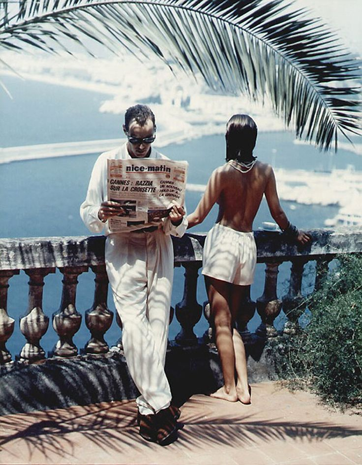 toryburch:  P is for Palm's Up  We're talking palm trees and this great vacation snapshot by Helmut Newton take in Nice in 1984.
