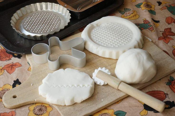 Pasta modellabile di bicarbonato