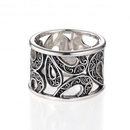 Wanderlust Band Ring