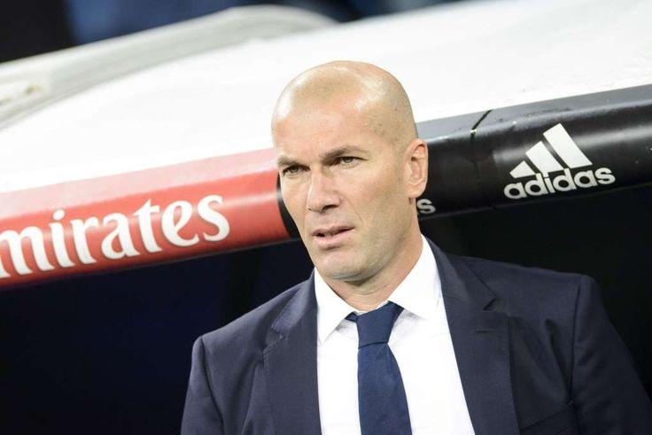 Après une année 2016 de rêve, Zinédine Zidane a savouré mardi le fait de fêter son premier anniversaire sur le banc du Real Madrid mais il a assuré qu'il fallait «tout remettre en jeu» en 2017 et que rien n'était «jamais acquis».