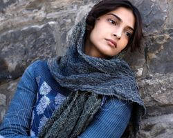 sonam kapoor feel very bad for brothers behaviour