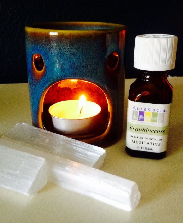 Spiritual Spring Cleaning - Cleansing the Energy and Air Around You! Article by Ethereal Love. Selenite and Essential Oil Lamp. www.EtherealLoveAngelReadings.com