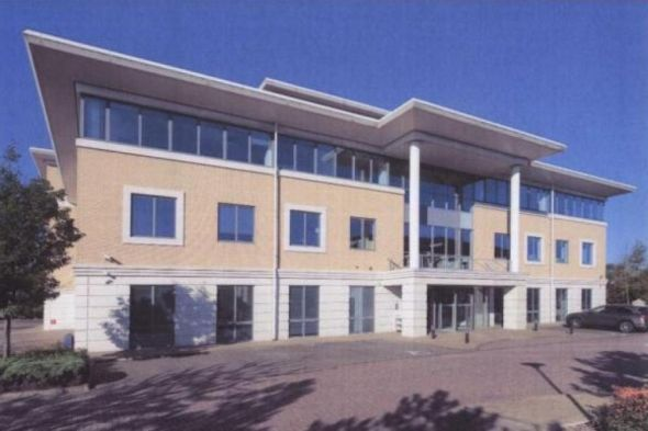 High Quality Air Conditioned Offices In a Prominent Location