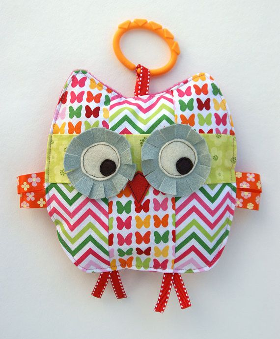 Penelope the Patchwork Owl Crinkle Toy comes by angiebabygifts, $18.50Baby Girl Gifts, Sewing Projects, Crinkle Toys, Baby Shower Gift, Baby Gifts, Owls Crinkle, Baby Girls, Owls Baby, Patchwork Owls