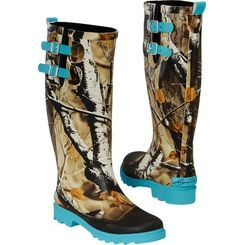 These exclusive Legendary® women's boots are designed to keep your feet dry no matter what the weather throws at you!  Feature Big Game® Camo and a splash of color.  Heavy duty lugged soles and a pair of functional buckle straps for extra comfort.