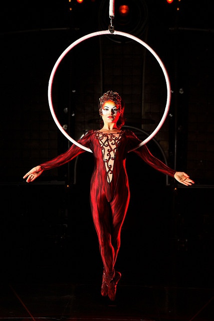 Cirque du Soleil , I like the use of red as a contour on the face of this  model. really works well with the lighting and the rest of the costume.