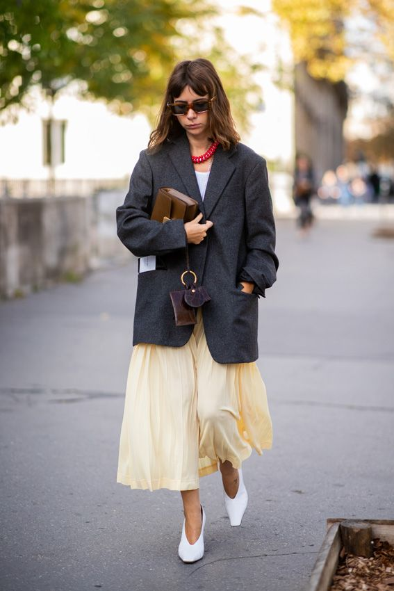 f966dc1c30 El nuevo look de trabajo para las mujeres que no quieren traje ...