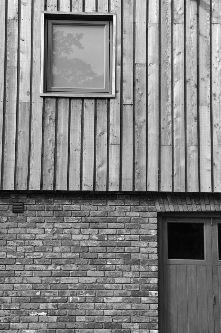 H2 / 102 WOOD WEATHERBOARDING; Siberian Larch Cladding; MG Architects