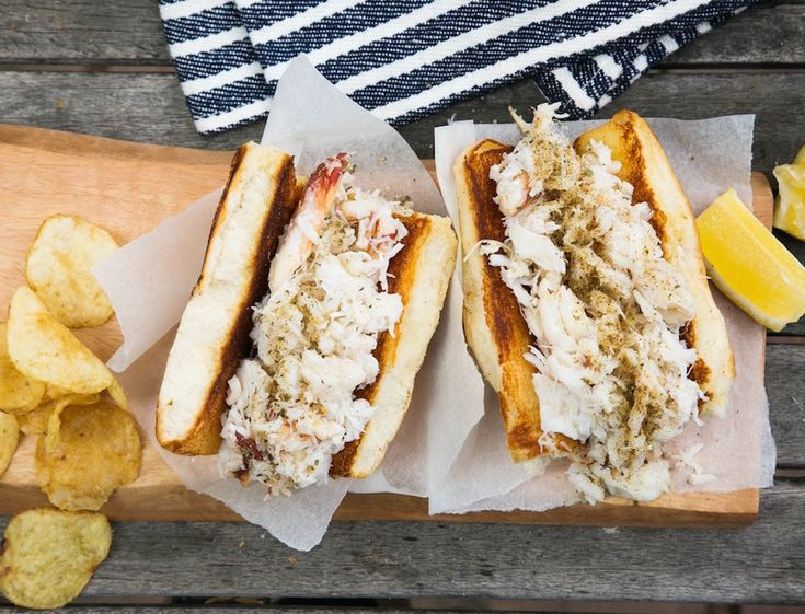 This recipe is exactly what a crab roll should be: tons of crab, a touch of butter, mayo, lemon and a sprinkle of salt.