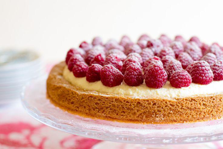 Meer dan 100 frambozentaart recepten op pinterest roomtaarten taartrecepten en taarten - Chocolade en witte badkamer ...