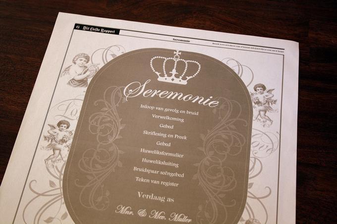 Troukoors Trou Koerantjie - The back page presented their wedding ceremony program, with their order of service. ♥ #wedding #newspaper #favor #trou #koerant