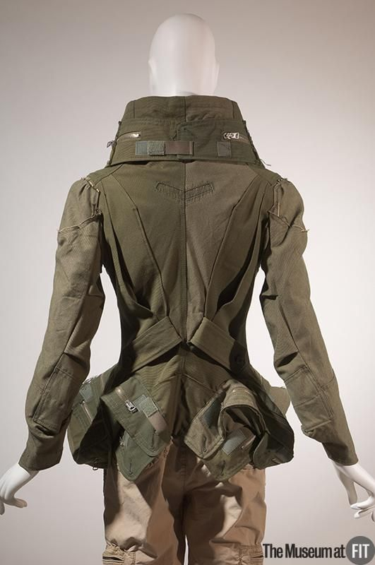 Junya Watanabe/Comme des Garçons F/W 2006 FIT Museum Collection back