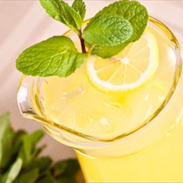 Homemade Lemonade Πώς να φτιάξετε την τέλεια σπιτική λεμονάδα