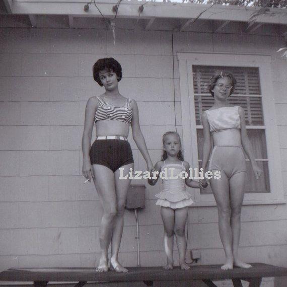 vintage 1950s women in bikinis - candid photos