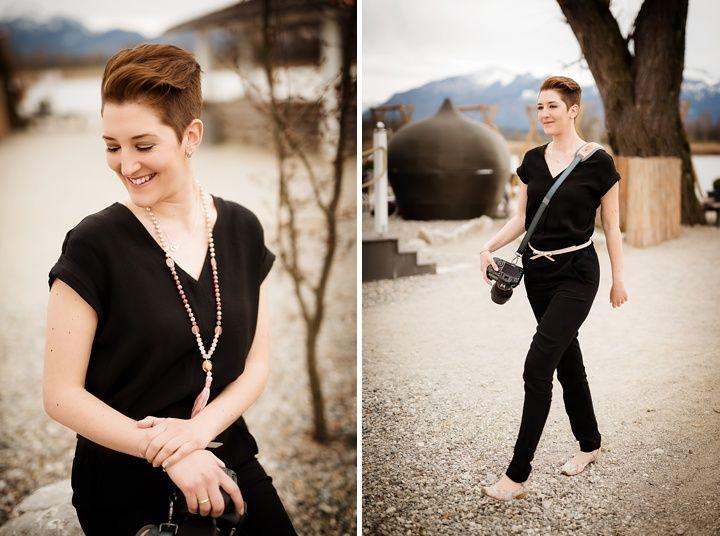 What to wear as a female wedding photographer? Was zieht man als Hochzeitsfotografin an?