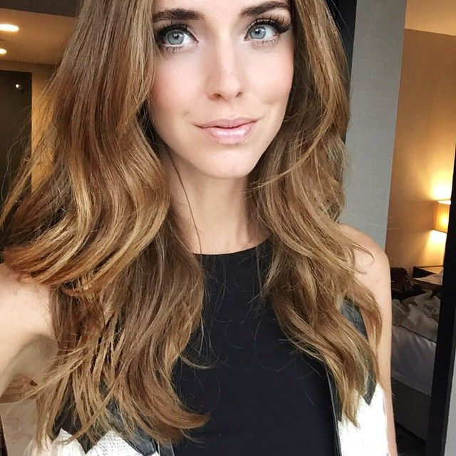 #ChiaraFerragni Chiara Ferragni: Ready for @cfda Awards with @rebeccaminkoff Makeup by @therealexanderjames, @hairbypatrickferrara ✌️ Follow my night on Snapchat @chiaraferragni #TheBlondeSaladGoesToCfdaAwards