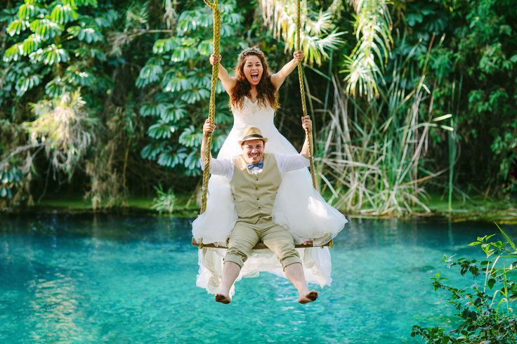 Trash The Dress, Parque Las Estacas, Morelos. México. Fotografía por @Olán Foto
