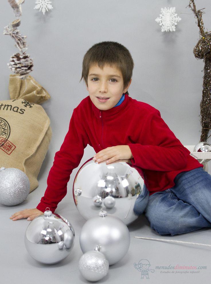 Sesiones de Navidad para los más pequeños, regalos especiales, contacta con nosotros #sesionesnavidad2016 #menudosdiminutos #fotografiainfantil