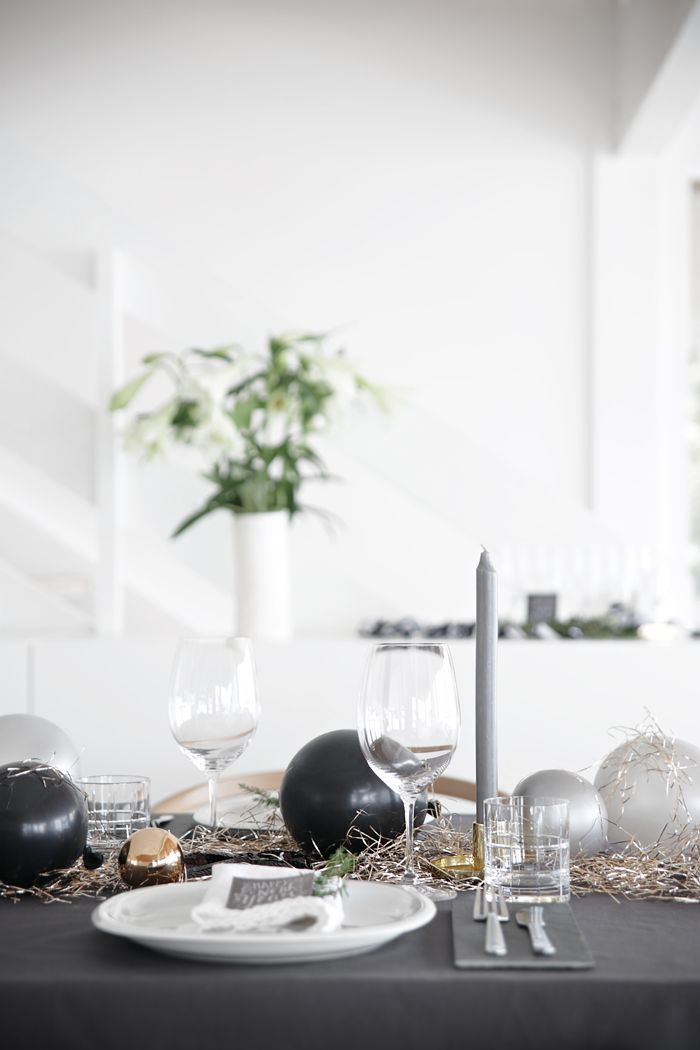 Stylizimo / New Year´s table setting // #Architecture, #Design, #HomeDecor, #InteriorDesign, #Style