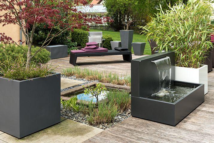 Edler Brunnen im Bauhausstil im zeitlosen Design Garten Ideen - edelstahl teichbecken rechteckig