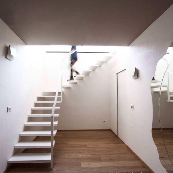 L'#architettura è il gioco sapiente, rigoroso e magnifico, dei volumi assemblati nella #luce. (Le Corbusier)