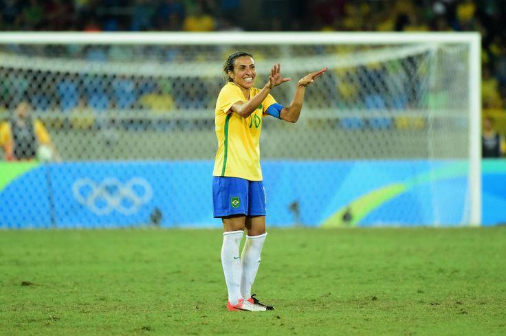 Marta, melhor jogadora de futebol do Brasil.