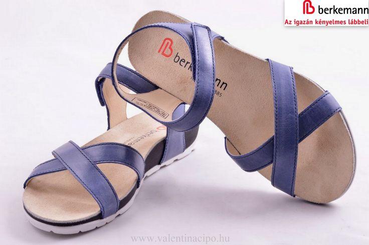 Nagyon kényelmes nyári viselet, Berkamann női kék szandál! A Valentina Cipőboltokban és webáruházunkban minden szezonban vásárolhat a Berkemann papucsokból, szandálokból, cipőkből! Várjuk nagy szeretettel!  http://www.valentinacipo.hu/berkemann/noi/kek/szandal/141663640  #berkemann #női_szandál #bekremann_cipőbolt #Valentina_cipőbolt