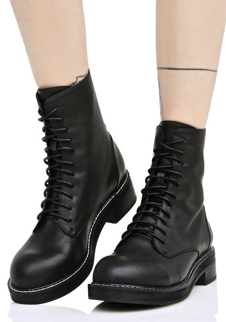 Current Mood Eyeletless Boots #grunge #90s #grungeboots