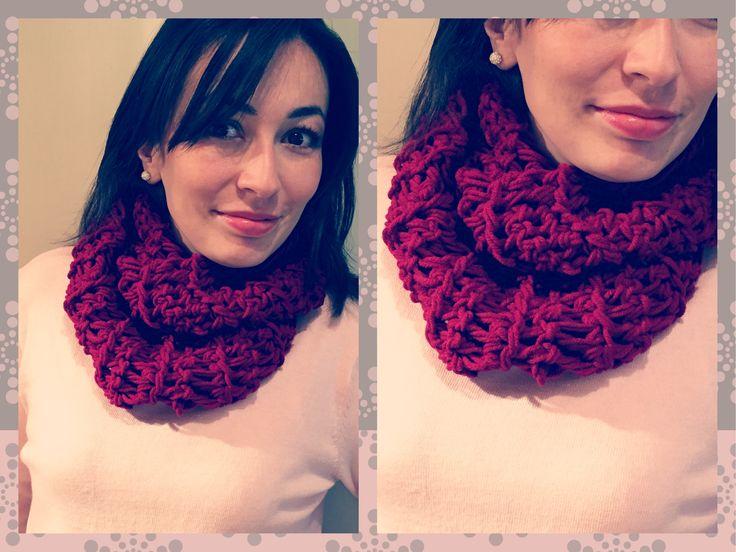 Nueva bufanda infinita a #crochet en tu color preferido! - Info en lanitasycrochet@gmail.com - whatsapp 3003983512. Síguenos en Instagram como lanitasycrochet !