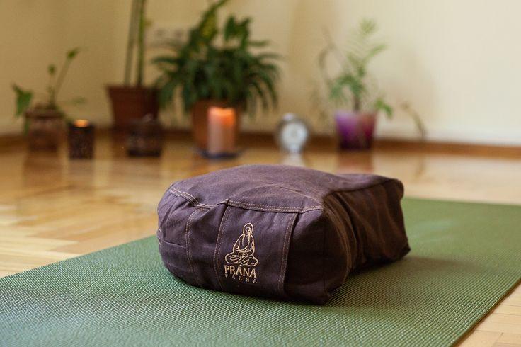 Élj harmóniában Jógastúdió jóga | meditáció | masszázs | életmód www.eljharmoniaban.hu Budapest VI. kerület Benczúr u. 12. Kezdő jóga tanfolyam, haladó jógatanfolyam, meditációs tanfolyam