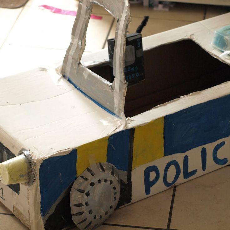 Cardboard box police car. Awesome #kid #craft (via @Red Ted Art www.redtedart.com)
