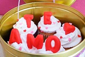 Un regalo único y lleno de mucho amor. Dilo con CupCakes. JuanRegala.com