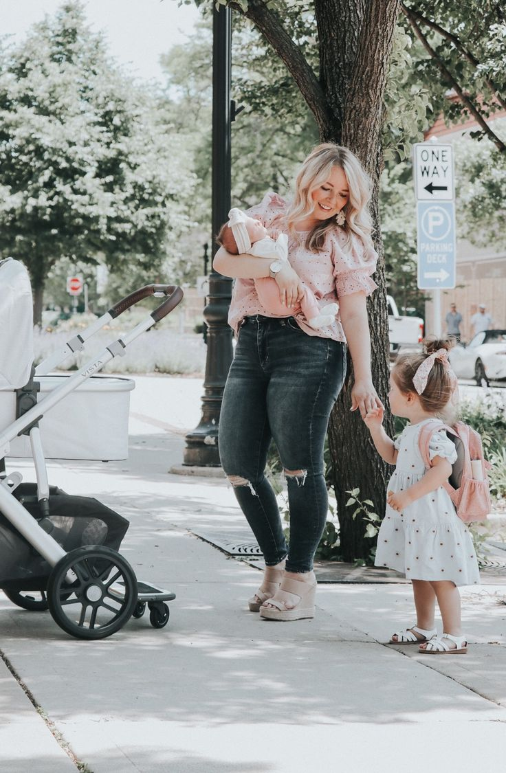UPPAbaby VISTA stroller and MESA carseat in 2020