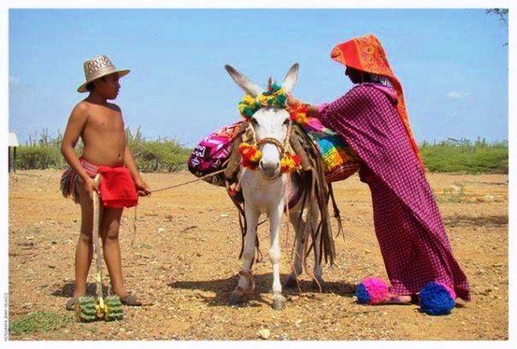 Colombia - Familia Wayuu; La Guajira.
