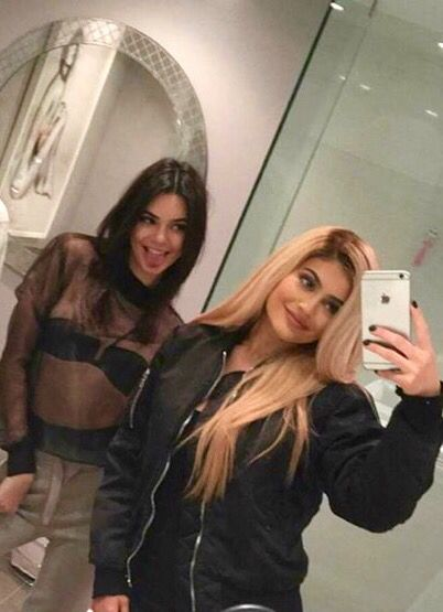 | Kendall & Kylie Jenner |