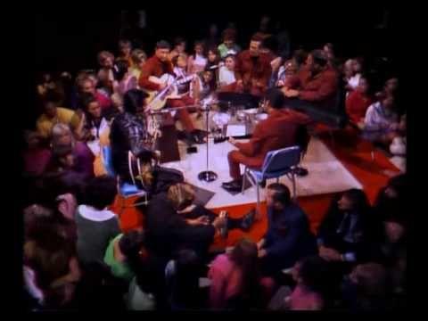 Elvis Presley - Blue Christmas 1968 (+playlist)