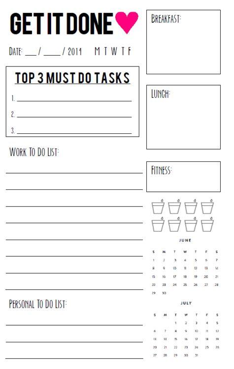 Free Printable daily agenda half size