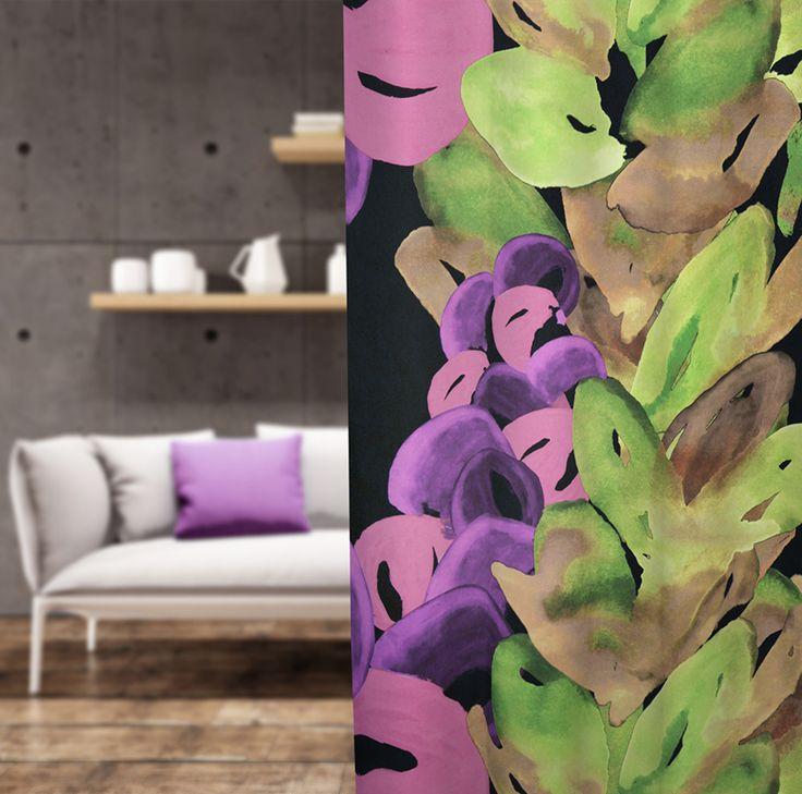 Rohkea räväyttäjä valitsee Liina Blomin suunnitteleman Piilossa-kuosin, jonka muhkeat värit on todellisia katseen vangitsijoita. Eurokangas