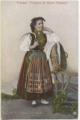 Braga : Ceifeira - costume do Minho