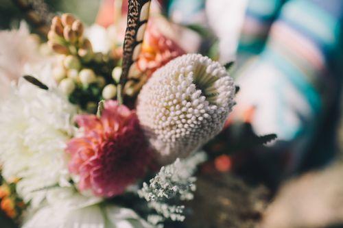 www.HagenFlora.com -  Wedding Florals. Arizona Wedding. Feathers. Wedding Flowers. Native Wedding.